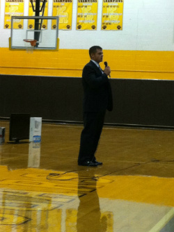 Andy Wilson speaks at Kenton Ridge